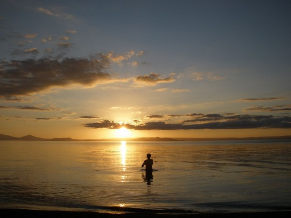 Gorgeous sunset at the Lake Taupo with Ryan playing skipping stones