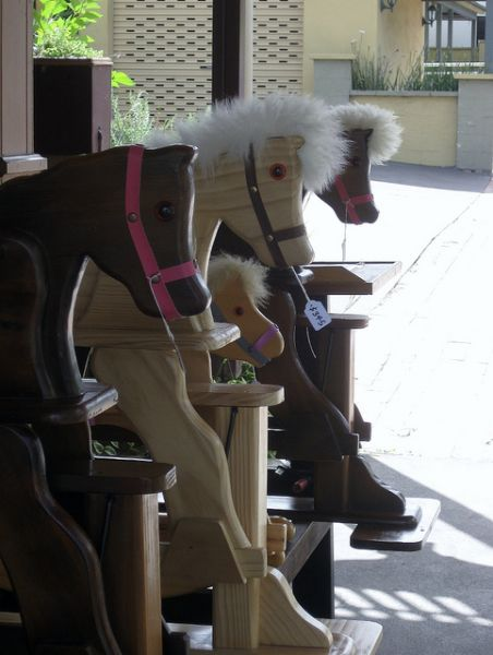 Rocking horses in Kangaroo Valley (Photo © Twenty-Something Travel)