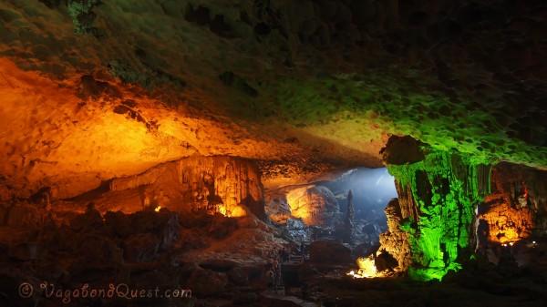 Sung Sot Cave - Surprise Cave
